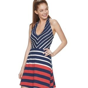 Dresses & Skirts - 🌺Red White & Blue Striped Dress🌺